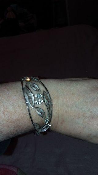 Women sterling bracelet