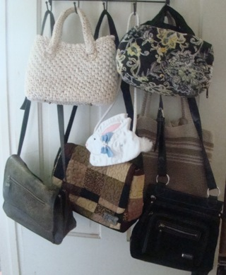 Large 7 Piece Purse Handbag Lot Winner Take ALL! (no free shipping but reduced rate shipping)
