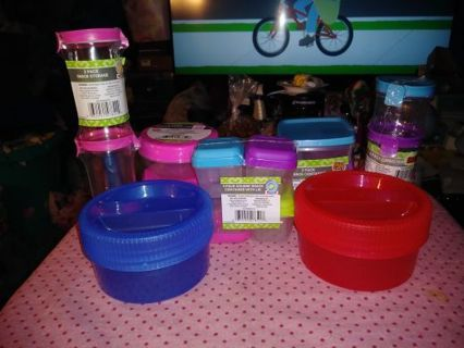 ⭐❇️⭐❇️⭐BRAND NEW ASSORTED 16 PIECE STORAGE CONTAINER SET⭐❇️⭐❇️⭐WINNER GETS ALL!