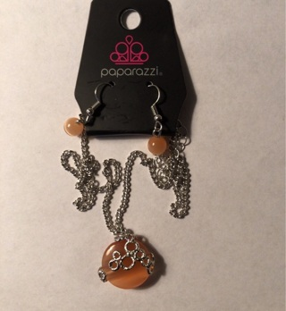New Paparazzi Peach Colored Jewelry Set - Necklace and earrings