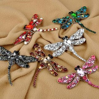 [GIN FOR FREE SHIPPING] Grail Dragonfly Crystal Brooch Lovely Rhinestone Scarf Pin