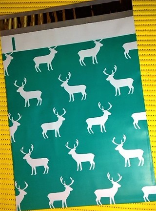 "7 HOLIDAY REINDEER 10"" x 13"" Poly Mailers"