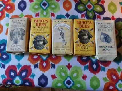 Set of 5 Burt's bees multi soaps