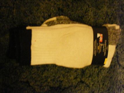 2 pairs of thermal  mens socks
