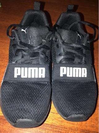 PUMA Boys Shoes 3c