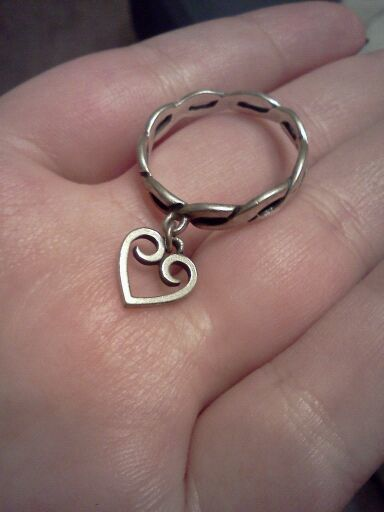 Free James Avery Sterling Silver Twisted Wire Ring With Heart Charm Rings Listia Com Auctions For Free Stuff