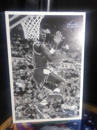 Kid Michael Jordan 1998 Upper Deck Retrospect Basketball With Signature Bulls 3 x 5