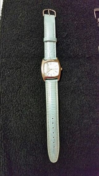 TURQUOISE LEATHER BAND WATCH ~ GREAT CONDITION! NEEDS A NEW BATTERY!