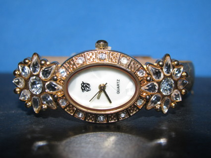 "GORGEOUS! MOTHER OF PEARL ""EJ"" ANNIVERSARY WATCH"