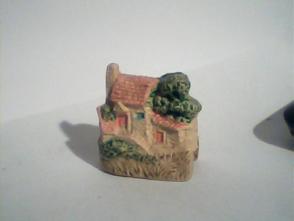 tiny house pencil sharpener
