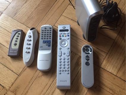 Sharper Image Wireless AV System+Remotes