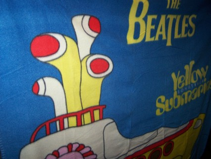 THE BEATLES ...THE YELLOW SUBMARINE ..THROW BLANKET... ONLY ONE