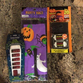 New Halloween Lot Three (3) Items To Help Get The Party Planning Started