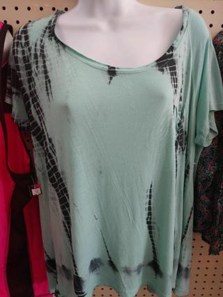 NWT-Bobbie Brooks Ladies Shirt-Size M
