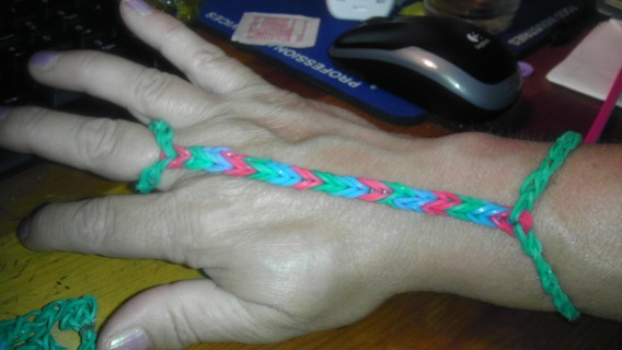 Free Advanced Rainbow Loom Barefoot Sandals Shoes