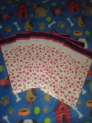 Floral print Poly Mailers 6x9 6 pieces New!