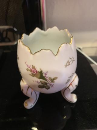 Porcelain~floral small vase