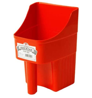LITTLE GIANT Plastic Enclosed Feed Scoop (Red) Heavy Duty
