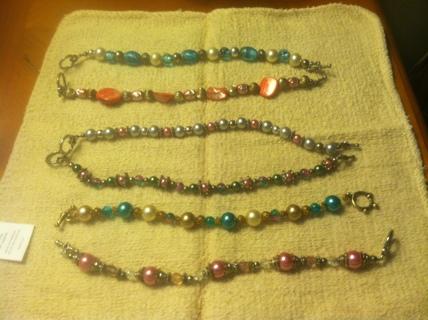 """Beaded bracelets 6"""" lenght"""