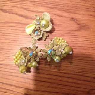 Vintage Matching Earring and Brooch