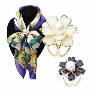 New Women Tricyclic Camellias Pearl Scarf Buckle Brooch Scarf Holder JewelryHot