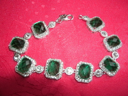 Sterling Silver Bracelet with green stones 7 1/2""