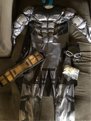 BATMAN Kids Costume Size 7-8