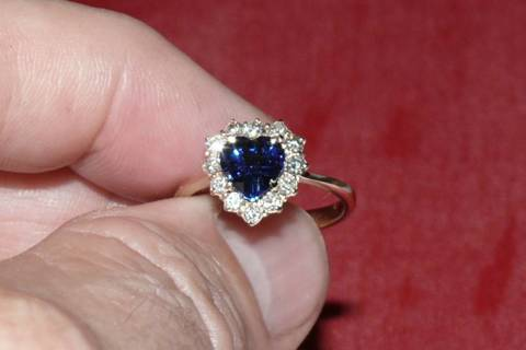 RING LADIES HEART SHAPE BLUE SAPPHIRE AND LOTS OF DIAMONDS LOOK AT ME!