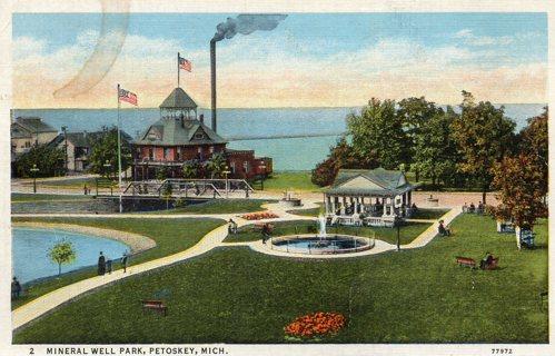 Vintage used Postcard: Linen: 1935 Mineral Well Park, Petosky, MI