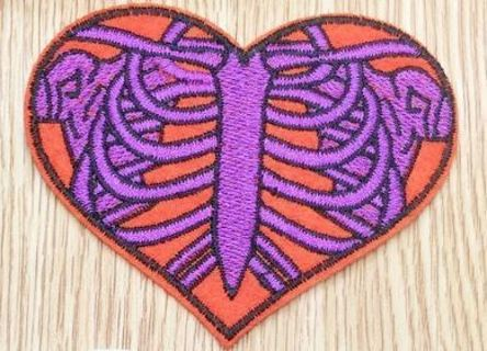 1 NEW Skeleton Heart IRON ON Patch Red Purple Clothing Embroidery Applique Decoration