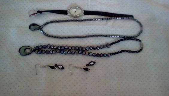 Nice Jewelry Lot: EUC