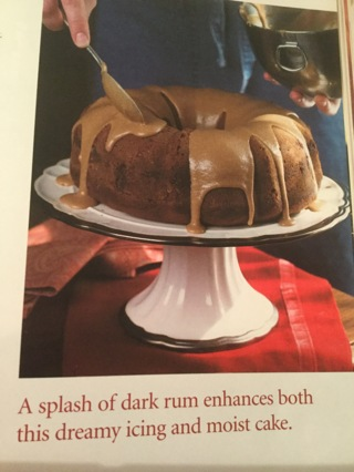 Pumpkin-rum cake w/icing