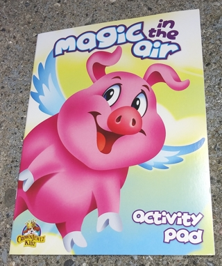 MEDIUM COLORING AND ACTIVITY BOOK MAGIC IN THE AIR PIG