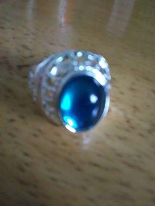 Unisex green ring