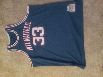 uk availability 5ee28 fb3a0 Free: Mitchell & Ness Throwback Jersey #33 #Kareem Abdul ...
