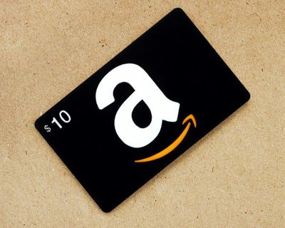 10 dollar Amazon gift card