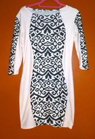 SEXY & SASSY Black & White Dress Womens M **Hawt** Stretchy Hourglass