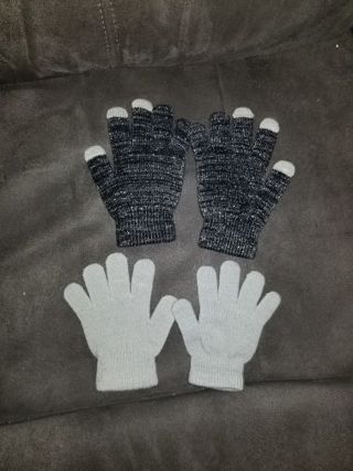 x2 Pairs Of Gloves