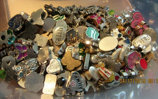 Living Locket Charms. Over 125