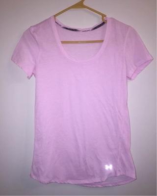 Under Armour Run Pink Women's Shirt Sz Small