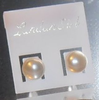 FuN FaShIoN WHITE Pearl Plated silver Stud Earrings 6mm * NEW *