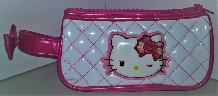 "2013 Sanrio polyester/plastic Hello Kitty purse - size 7"" x 3 1/2"" X 1"" - VG condition"