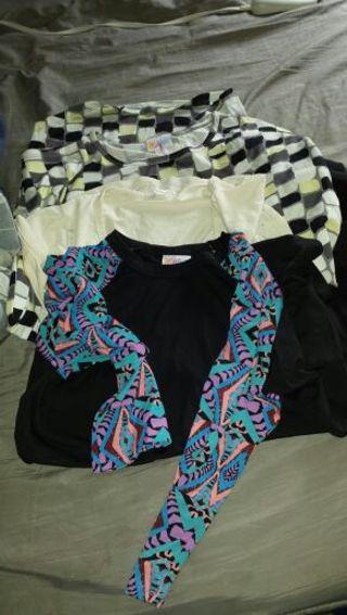 Bnwot Lularoe shirts