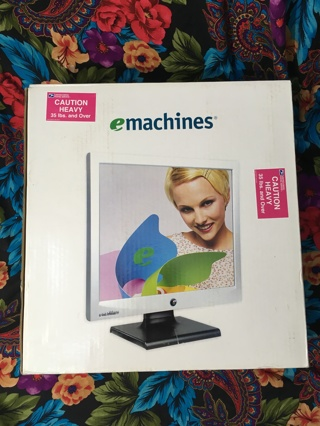 "Emachines Silver/Black (Model #500G) 15"" LCD Flat Screen Computer Monitor Desktop (E15T4) 4523"