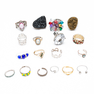 Mixed Lot of 18 Costume Jewelry Rings 77g