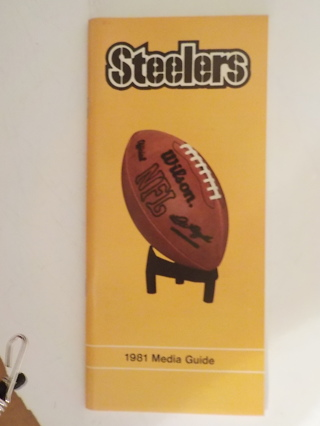1981 PITTSBURGH STEELERS FOOTBALL OFFICIAL PRESS RADIO TV GUIDE