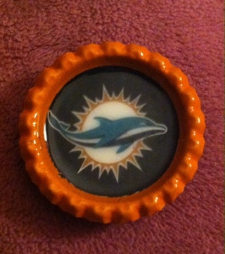 Dolphins Bottlecap Magnet/Read description before bidding