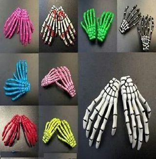 X2 hands hair clips