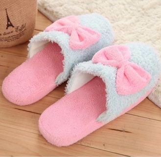 0b5821502557 FREE  Womens warm cotton fabric cute bow design blue pink fuzzy slippers  size 8