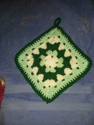 Crocheted pot holder FREE SHIPPING